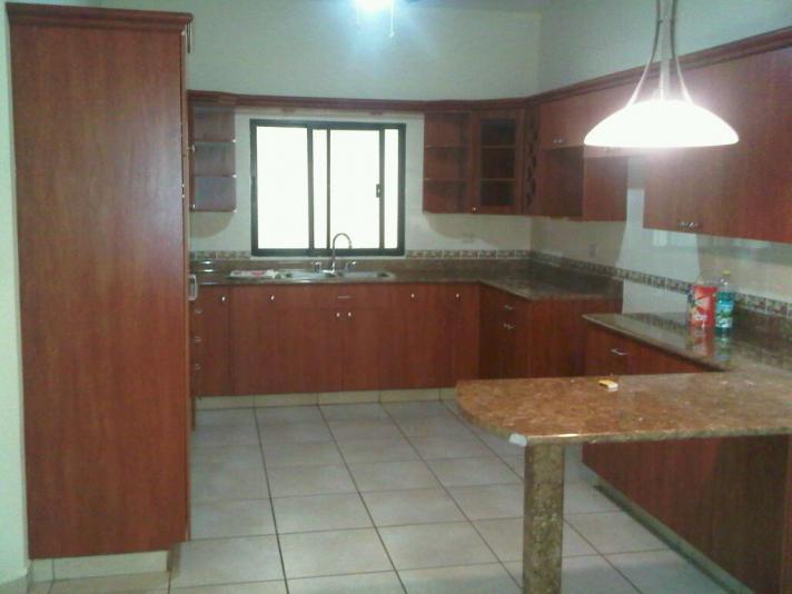 Rento Apartamento en Jardines del Valle $650