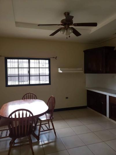 Rento Apartamento en Potosi $550